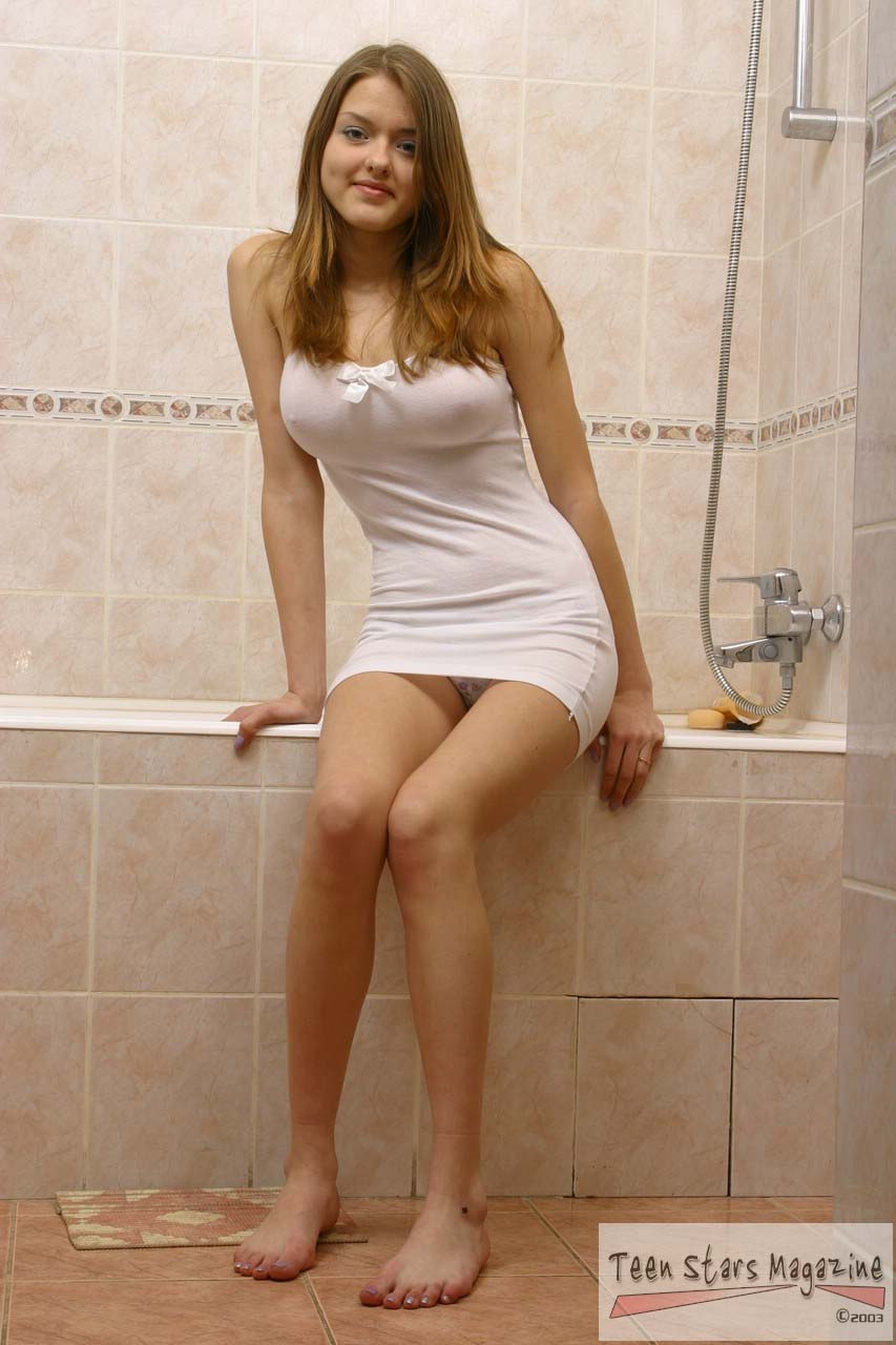 Romanian virgin teen nude