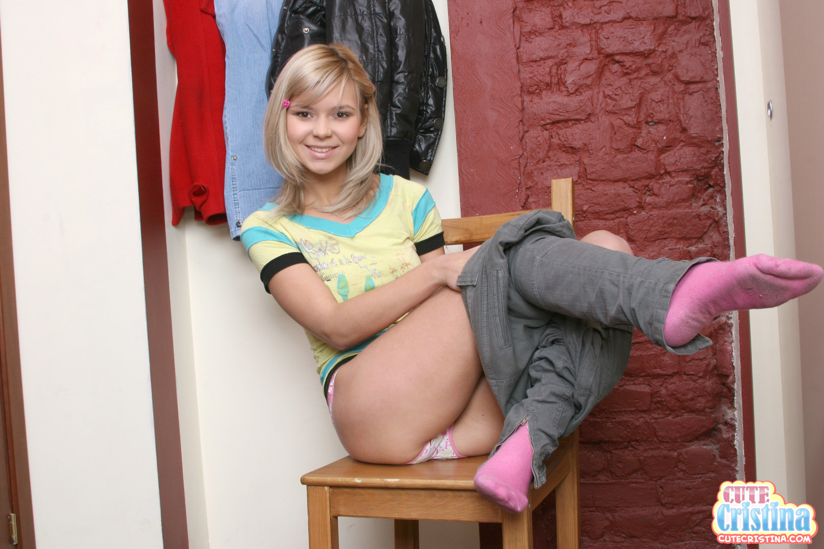 image Cute teen with pigtails fucked rough by her online date Part 6