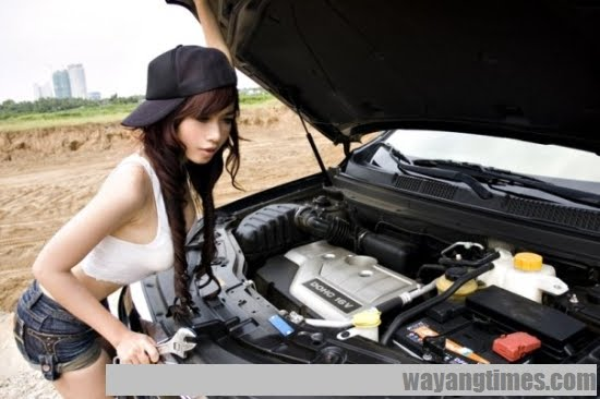 teenqueens net galleries2 elly tran ha is a sexy automechanic 04