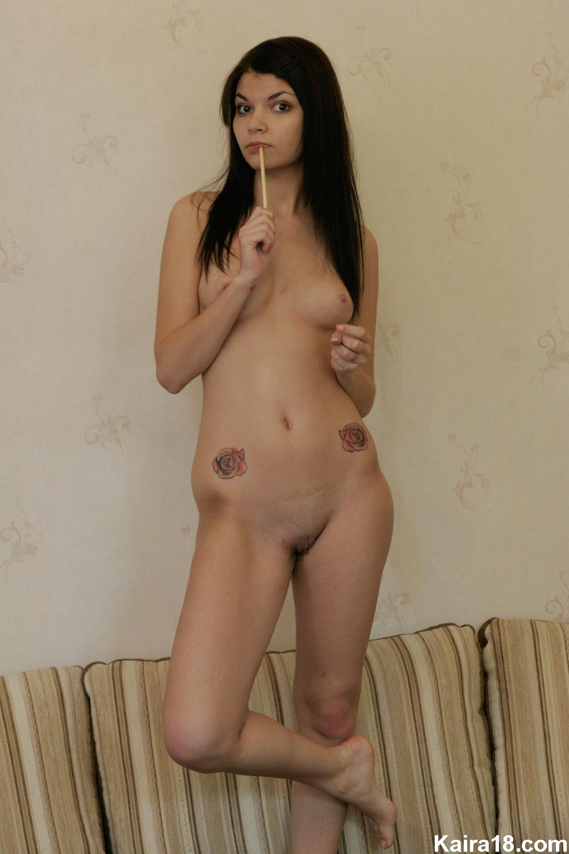 beautiful naked biracial girl